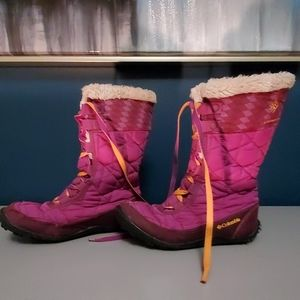 Columbia purple youth winter boot.